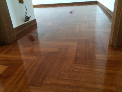 Verniciatura e Lucidatura paviment in legno Milano