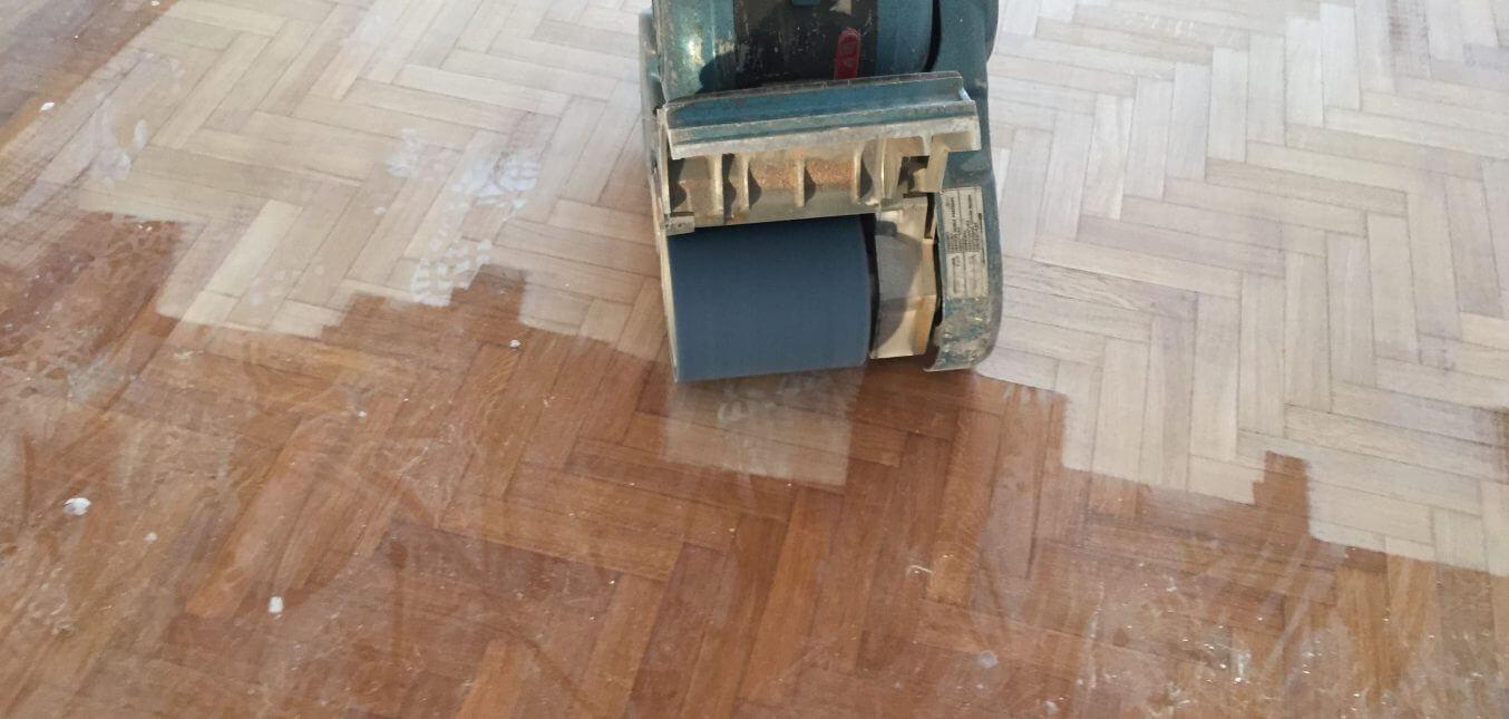 Opzioni di parquet:lamatura o levigatura