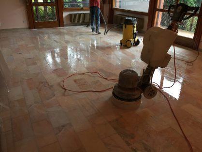 Prima Lucidatura marmo varese